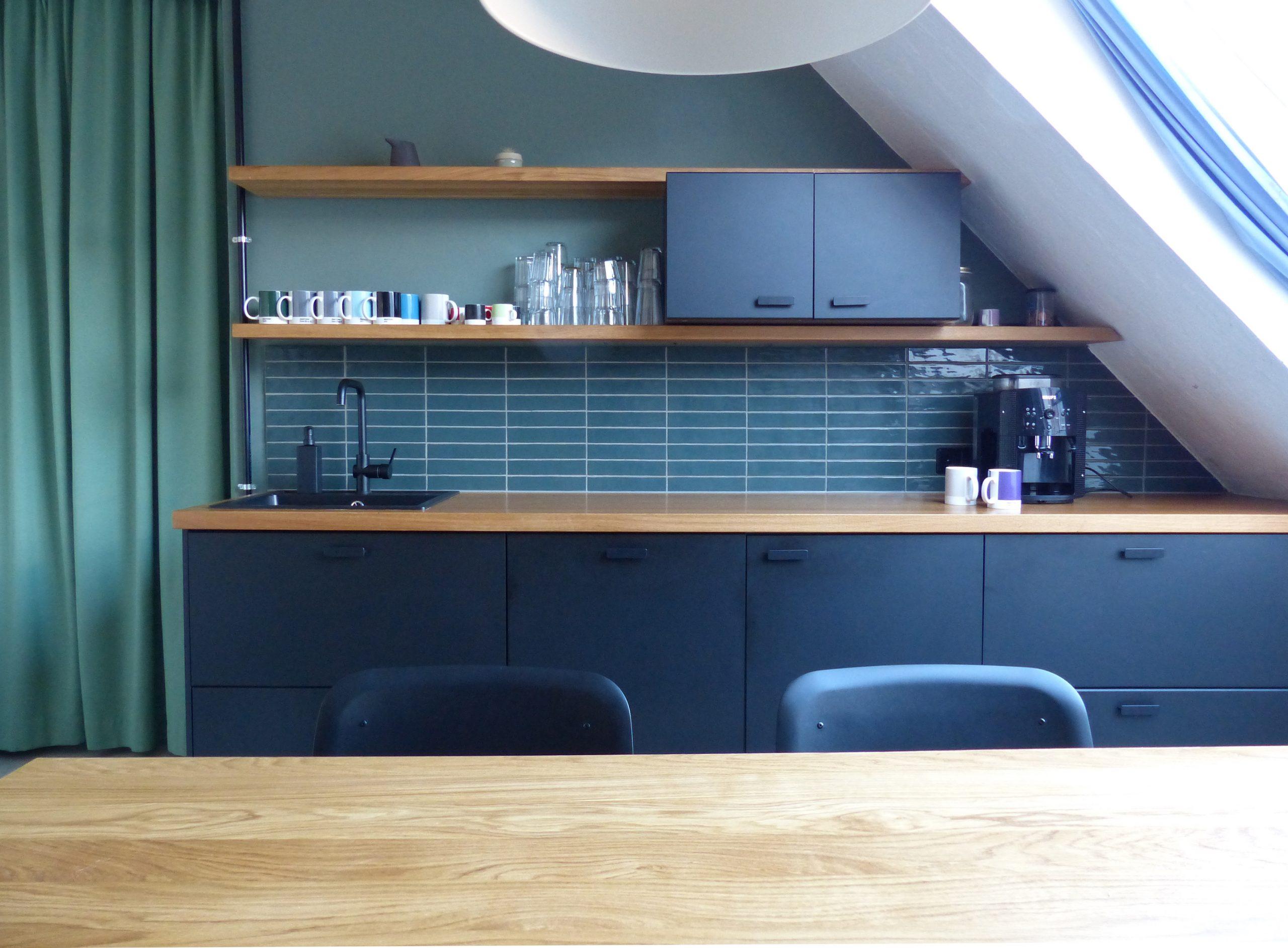 Neuer Küchenbereich für die Agenturen Kreuzbergkind und The Beast/Berlin